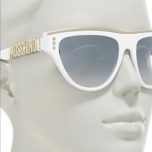 🆕Moschino 56mm cat eye sunglasses, white / silver